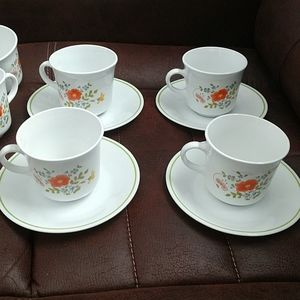 Vintage 4 Set Corelle Wildflowers Cups and Saucers